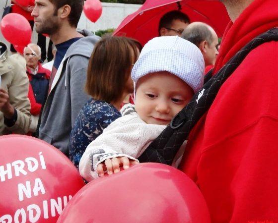 Bratislavu čakajú dva pochody. Dúhový pochod vs. Hrdí na rodinu